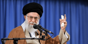 یوسف ایران زمین – شعری درباره رهبر